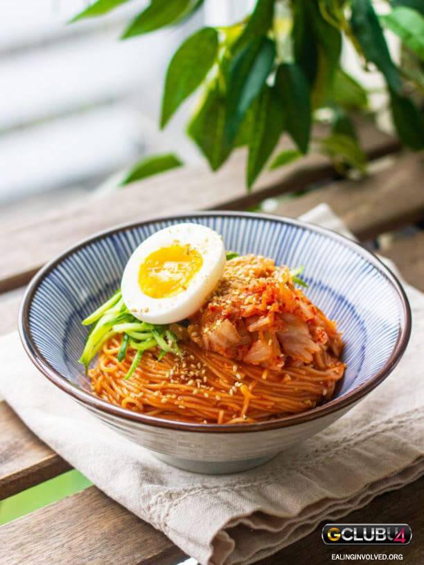 บะหมี่เย็นเกาหลีรสเผ็ด